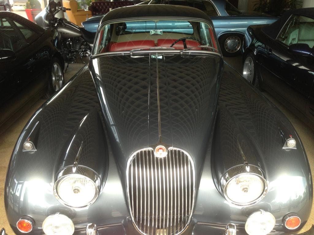 Jaguar Oldtimer Karosserie- und Lackierarbeiten